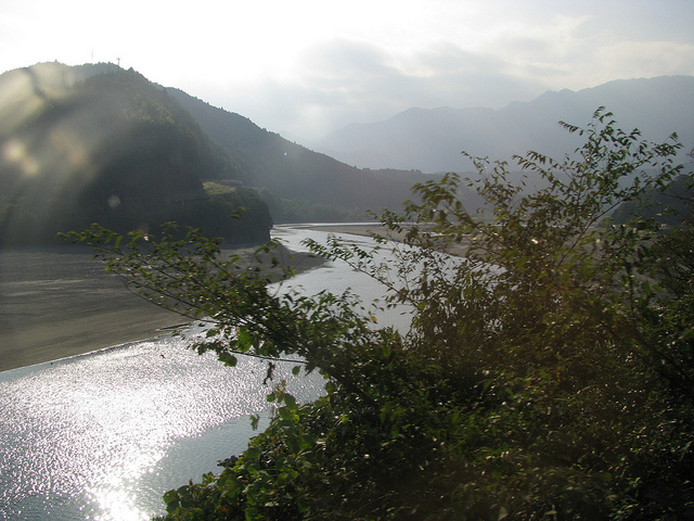 photo by Fuji River (富士川) , From a train window Minobu Line (身延線の車窓から) | Flickr - Photo Sharing!