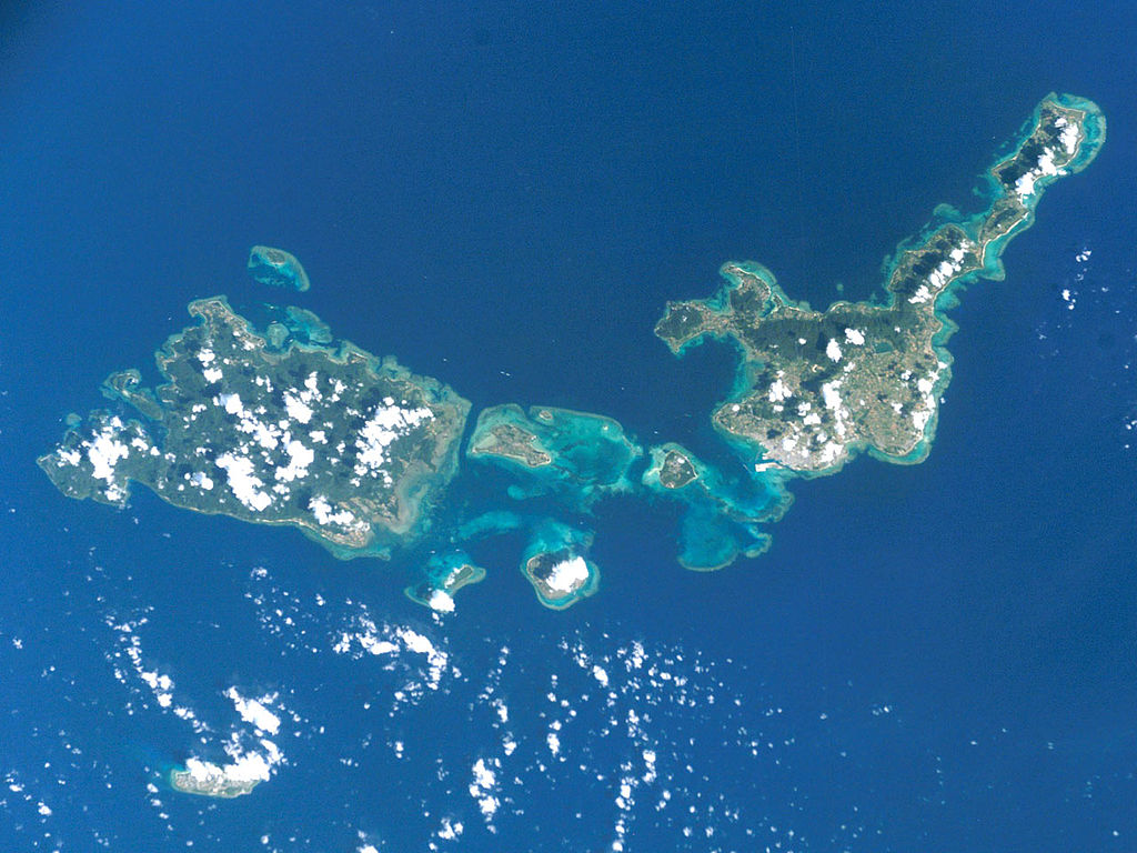 photo by File:ISS005-E-10686 Yeyama Islands.jpg - Wikimedia Commons