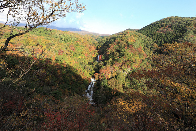 photo byKirifuri-no-taki(waterfall) / 霧降の滝(きりふりのたき) | Flickr - Photo Sharing!