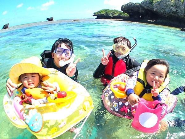 photo by 【1グループ貸切!】 シーカヤック&南国ホワイトビーチで熱帯魚シュノーケル(沖縄県・恩納村) そとあそび