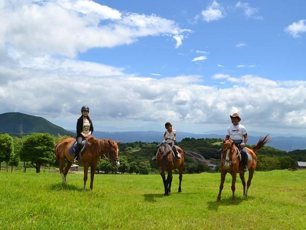 photo by 霧島 ホーストレッキング(乗馬)/霧島アート牧場 そとあそび