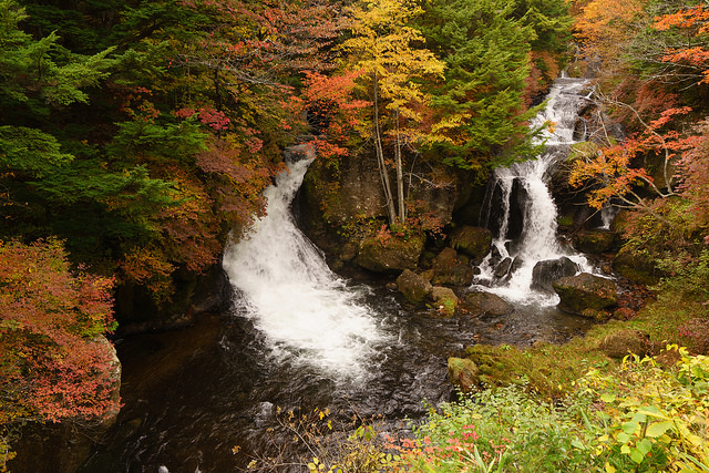 photo by奥日光 竜頭の滝 Ryūzu Falls | Flickr - Photo Sharing!
