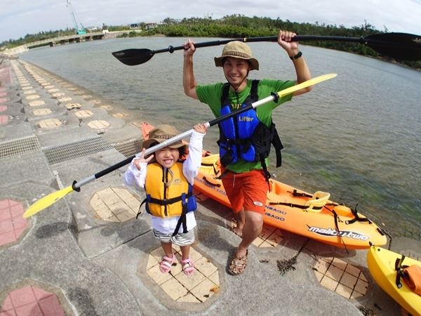 photo by 【1グループ貸切!】 熱帯ジャングル・マングローブのカヤック冒険!(沖縄県・恩納村) そとあそび