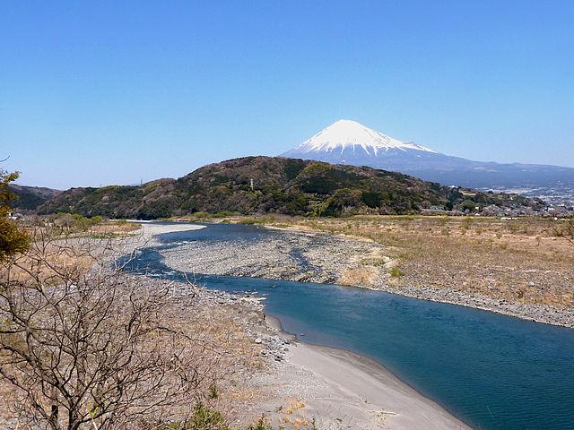 photo by 富士川 - Wikipedia