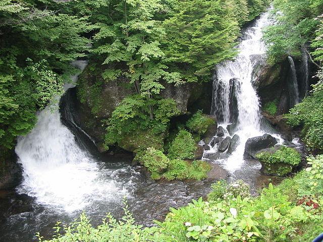 photo by Ryūzu Falls - Wikipedia
