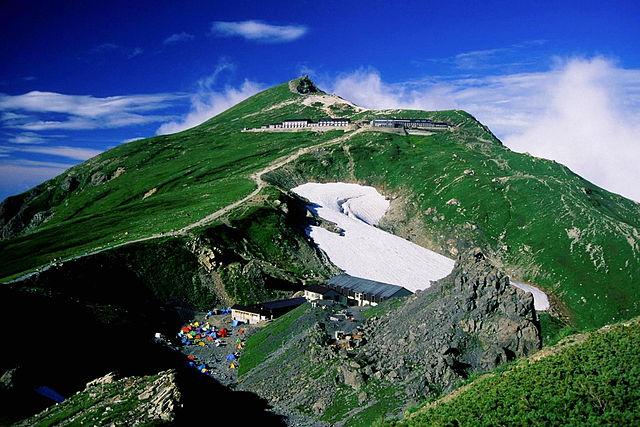 photo by 白馬村 - Wikipedia