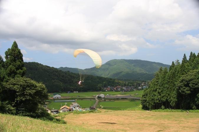photo by 神鍋高原パラグライダー/クロスフィールド パラグライダースクール|そとあそび