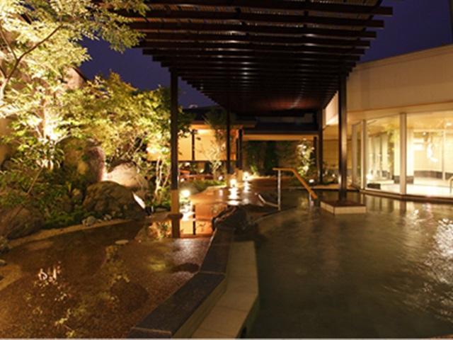 photo by 【華咲の湯】-静岡県下最大の日帰り天然療養温泉「華咲の湯」