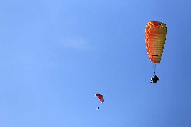 photo by 無料の写真: パラグライダー, 飛ぶ, スポーツ - Pixabayの無料画像 - 1123033