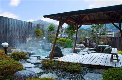 photo by 【公式サイト】リフレッシュinひるがみの森 長野県昼神温泉郷