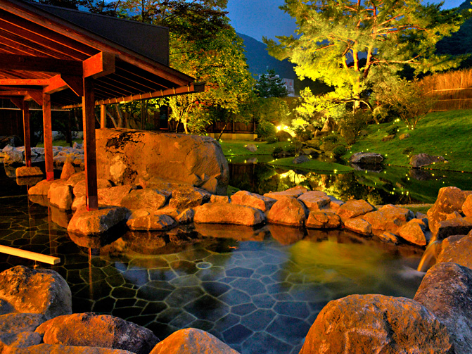 photo by 温泉 - 大浴場|群馬県、水上温泉の宿・旅館『松乃井』【公式ページ】