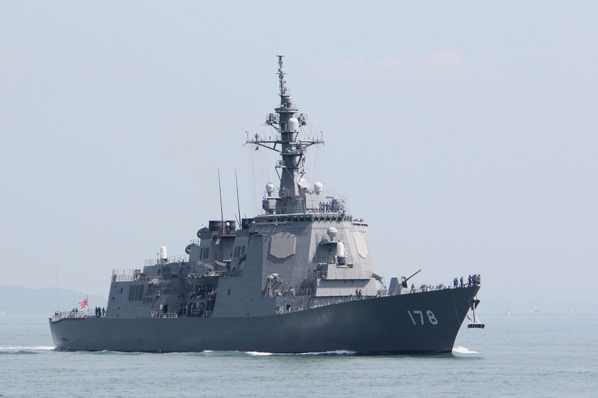 「軍艦の写真素材 - PIXTA