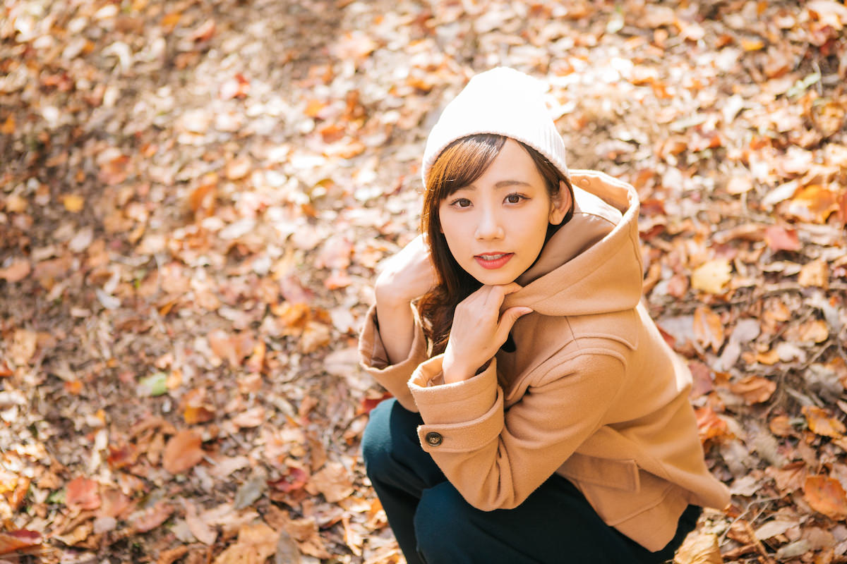 秋 冬 女性
