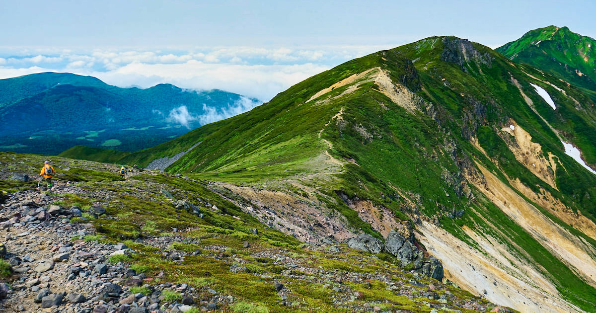 70a3a3cc17 北海道の雄大な自然を満喫!登山初心者向けの山10選 | SOTOASOBI LIFE(そとあそびライフ)