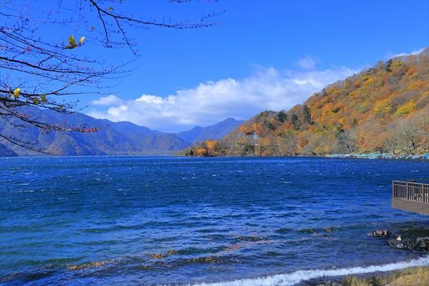 photo by紅葉の中禅寺湖(1) - 写真共有サイト「フォト蔵」