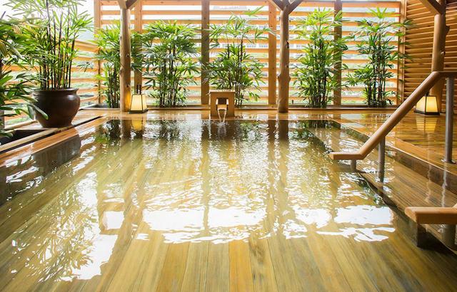 湯上がりには冷たいお茶やビールの無料サービスもあります!photo by 鬼怒川温泉 山楽【公式】