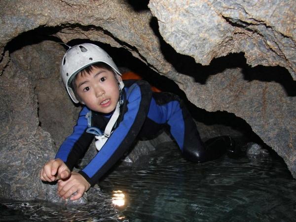photo by 【地下水の流れる神秘的な洞窟を探検!】 ケイブスイミング奈良コース (奈良県・奥吉野・吉野)|そとあそび