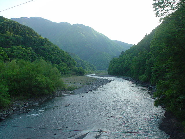 photo by 早川 (山梨県) - Wikipedia