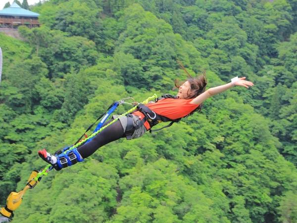 photo by 《日本一の高さ100m! 竜神大吊橋から大ジャンプ》 竜神バンジージャンプ(茨城県・北茨城・日立)|そとあそび