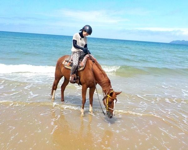 photo by 【爽快!】 ビーチ乗馬体験(騎乗時間90分)◆写真付(福岡県・宗像) そとあそび