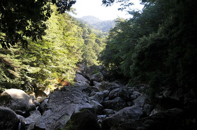 photo by File:Nametoko Ravine 02.JPG - Wikimedia Commons