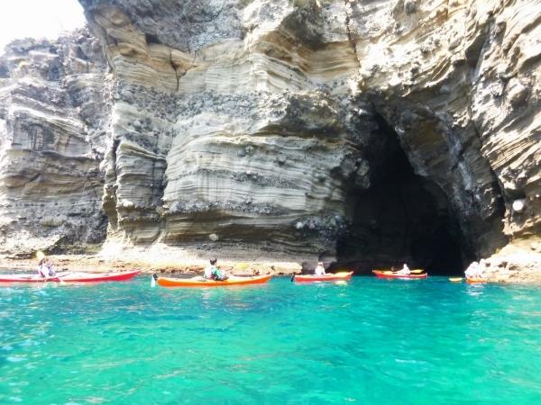 photo by 《4歳から楽しめる!家族や仲間と南伊豆の海を楽しもう》 1Day洞窟探検(2人乗り)コース(静岡県・伊豆)|そとあそび