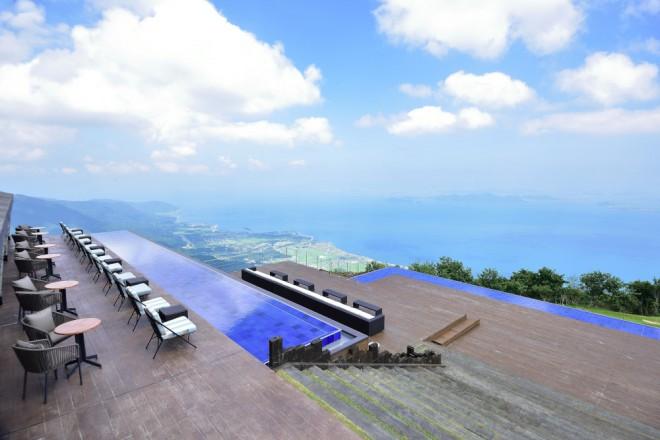 photo by 【びわ湖テラス】日本一の琵琶湖の絶景をひとりじめ。 | びわ湖バレイ