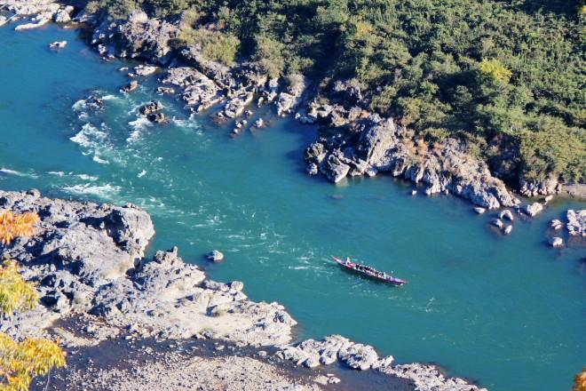 Japan_Rhine_pleasure_boat