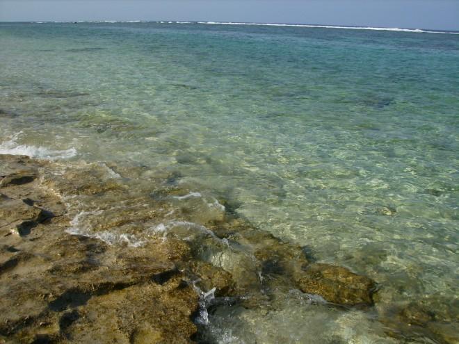 宮古島の透明度高い海