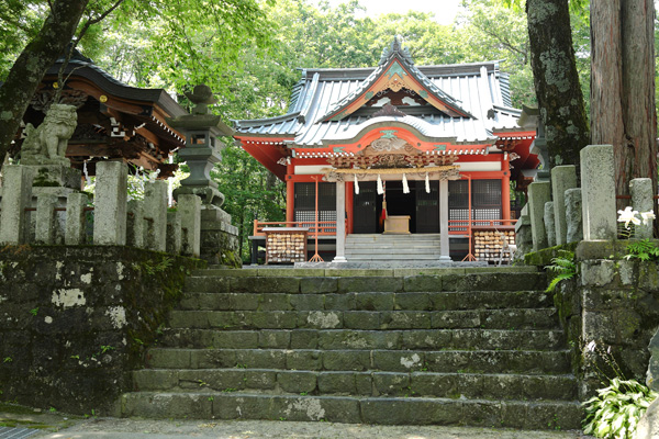 photo by 山中諏訪神社について - 山中諏訪神社 | 縁結・子授・子宝・安産・子育