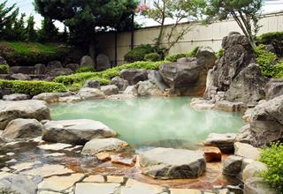 photo by ホテル角萬   BBHホテルグループ公式ホームページ   阿蘇内牧温泉