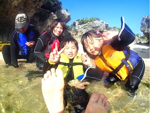 貝探しは大人も夢中になっちゃいます!photo by そとあそび
