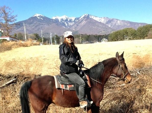 photo by 《八ヶ岳の自然満喫!森林トレッキング》 80分体験乗馬(馬場内レッスン20分/トレッキング60分) (山梨県・清里・小淵沢・八ヶ岳)|そとあそび