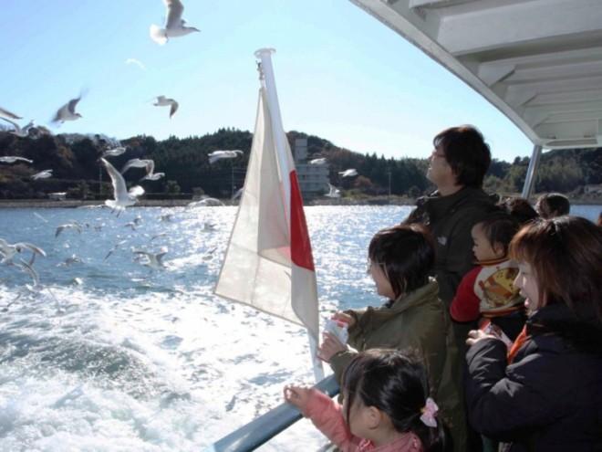 photo by カモメふれあい体験クルーズのご案内 - 浜名湖遊覧船(公式)
