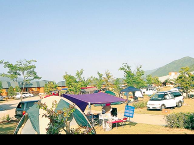 photo by 徳島キャンプ場 | 四国三郎の郷