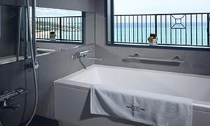 photo by ホテルモントレ沖縄 スパ&リゾート