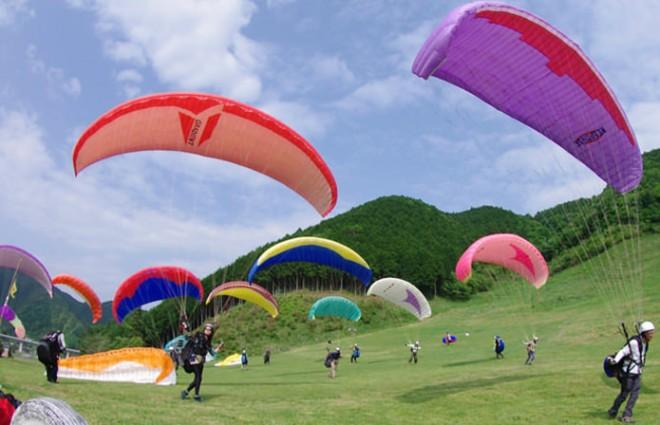 new_paraglider2-8138d2ec0126376f51cb537ef522786f