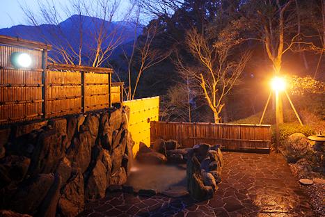 photo by お風呂のご案内|徳島祖谷渓温泉 露天風呂が人気の宿ホテル秘境の湯
