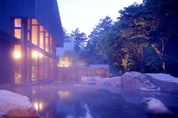 photo by 星野温泉 トンボの湯