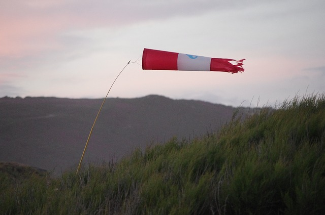 photo by 無料の写真: 風, 海, 吹流し - Pixabayの無料画像 - 642777
